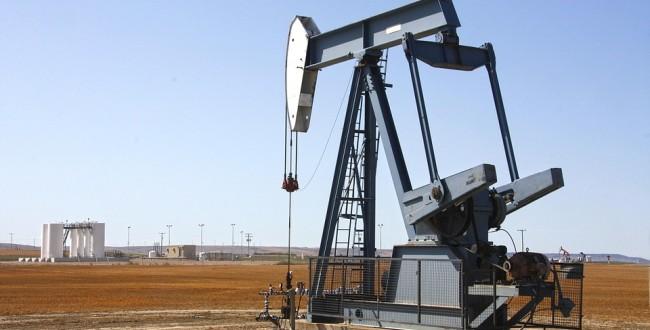 原油 オイル 油田